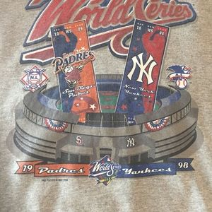 Pro Player Sweaters - New York Yankee San Diego Padres Sweatshirt Size L